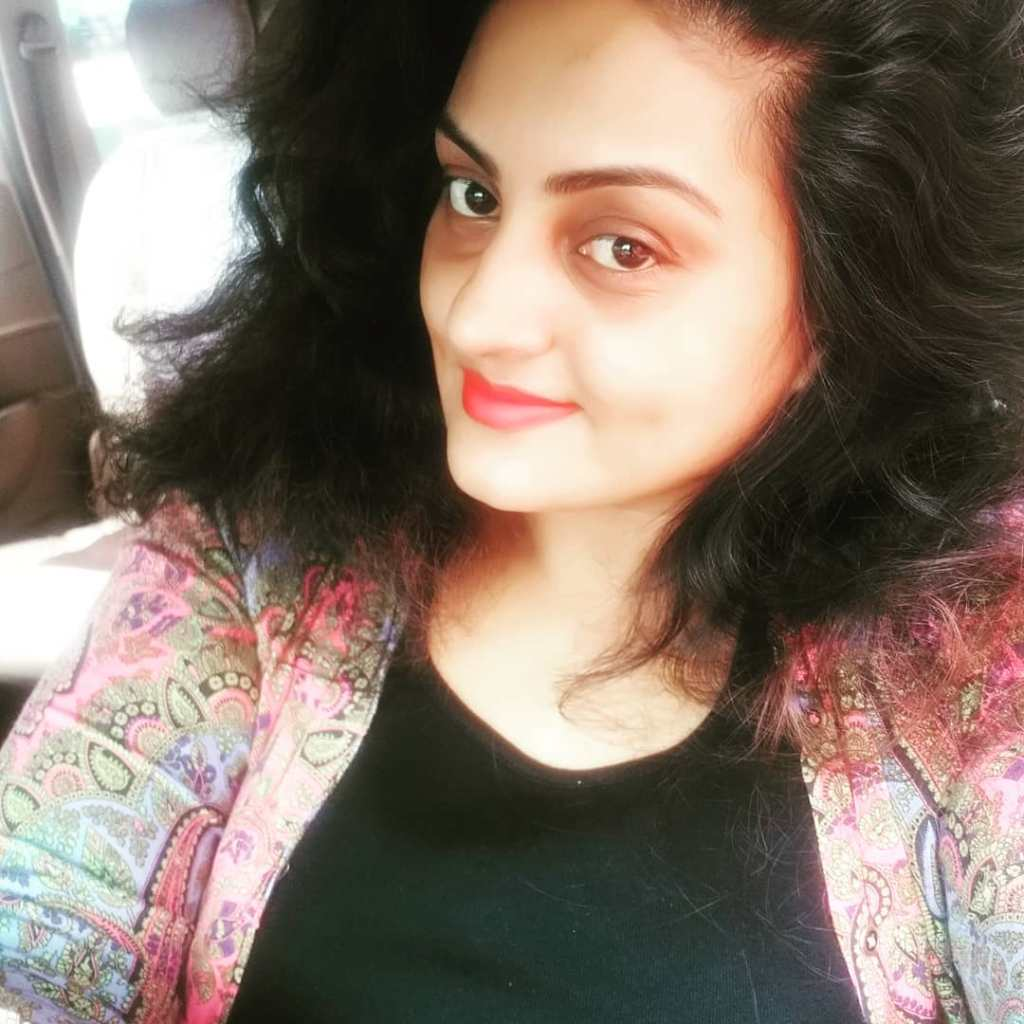 Suchitra Nair Wiki, Biography, Age, Family and 26+ Beautiful Photos 12