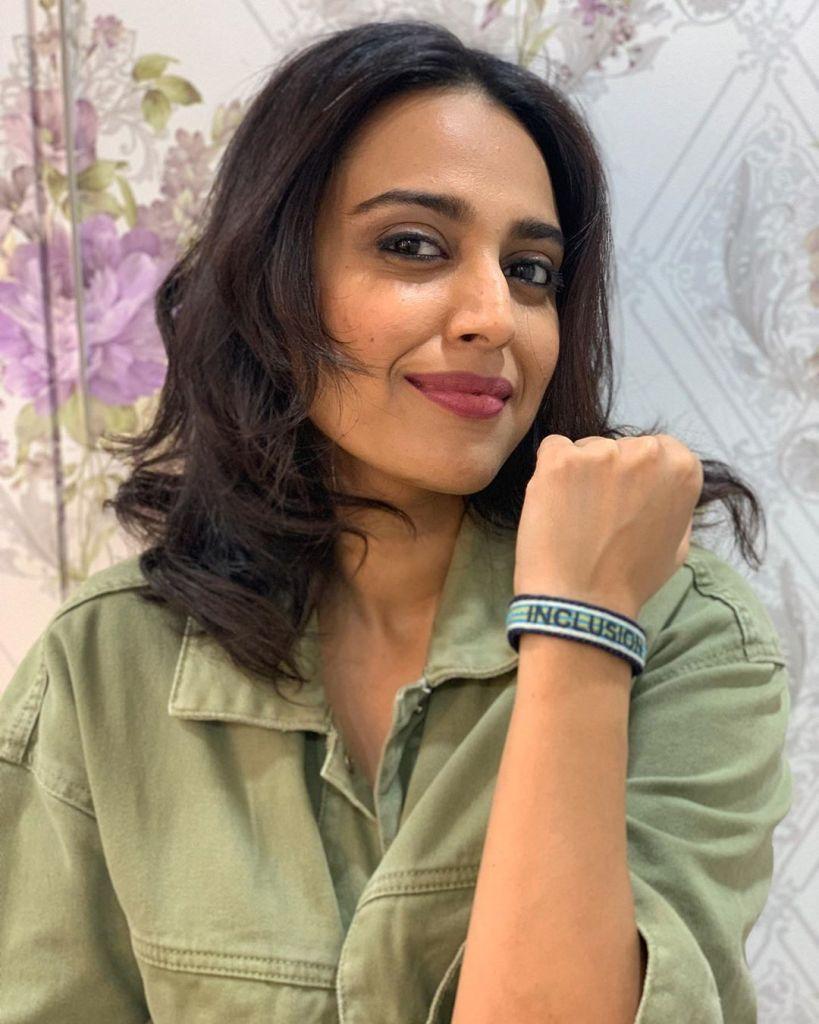 40+ Charming Photos of Swara Bhaskar 27