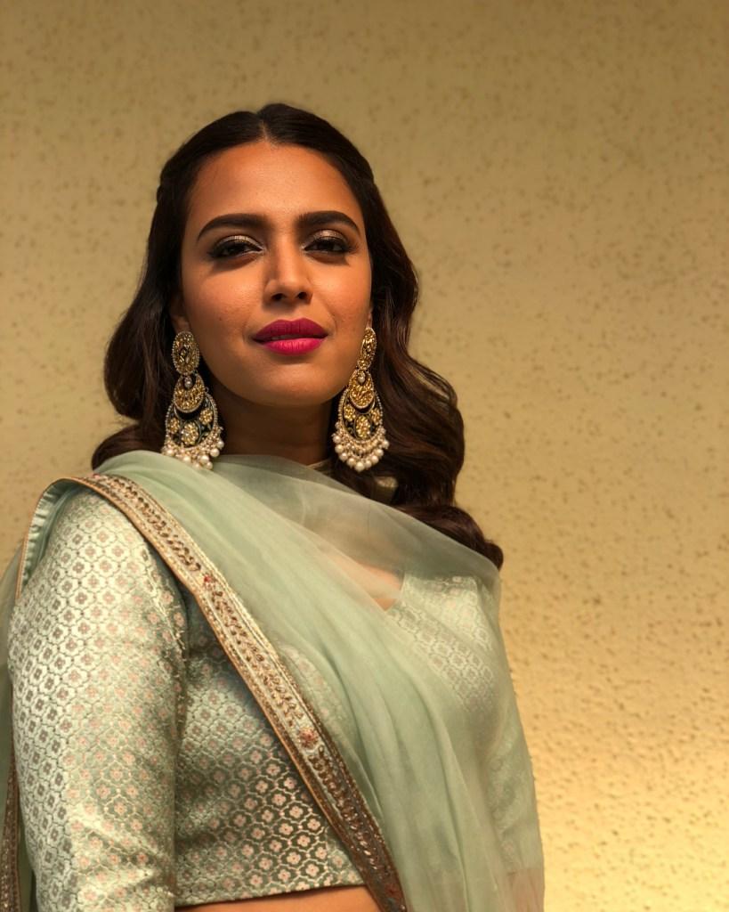 40+ Charming Photos of Swara Bhaskar 32