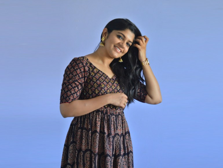 53+ Gorgeous Photos of Aparna Balamurali 117