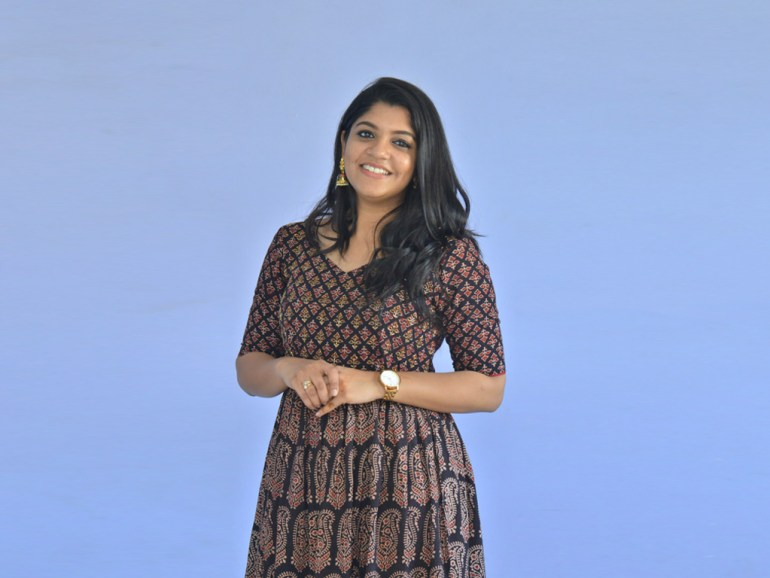 53+ Gorgeous Photos of Aparna Balamurali 118