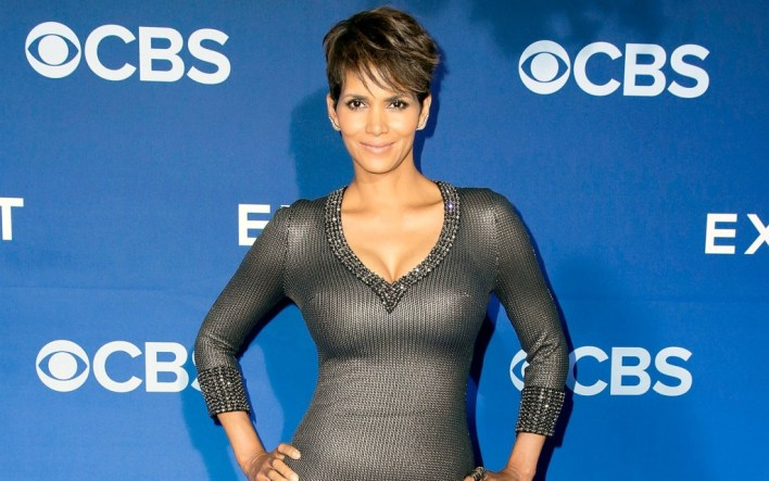 59+ Charming Photos of Halle Berry 60