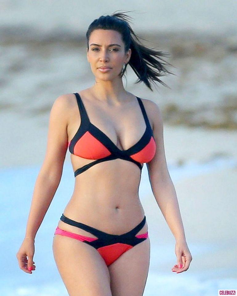 45+ Glamorous Photos of Kim Kardashian 10