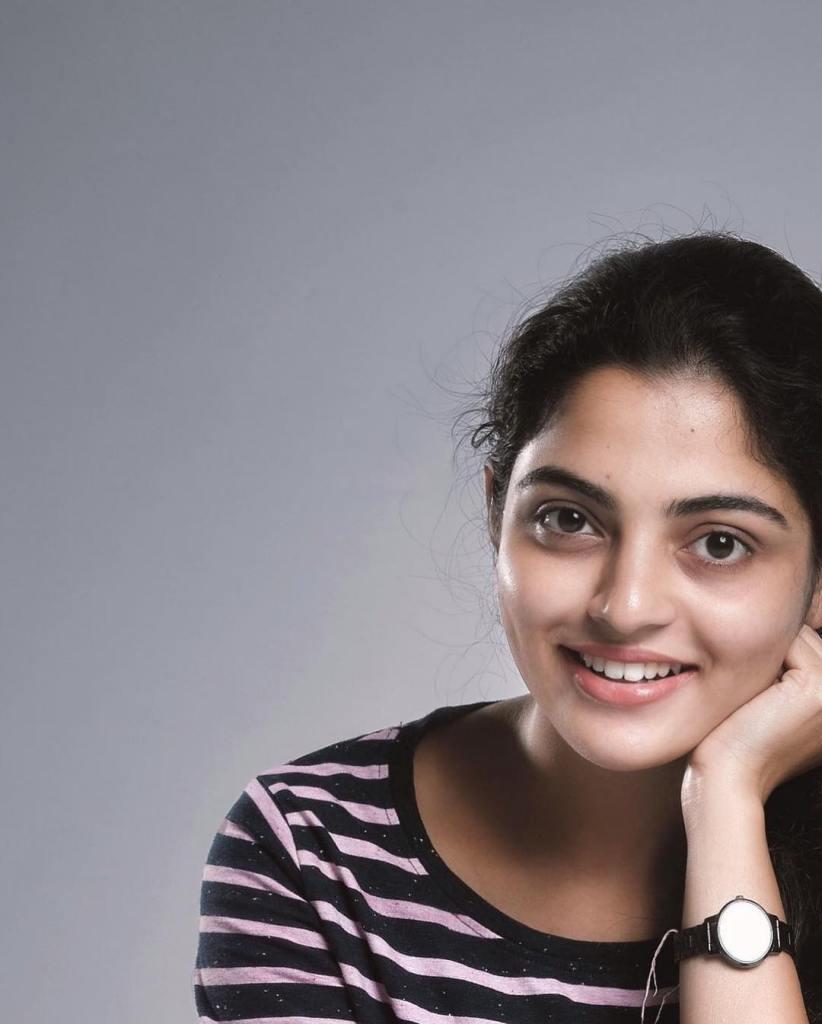 48+ Gorgeous Photos of Nikhila Vimal 8