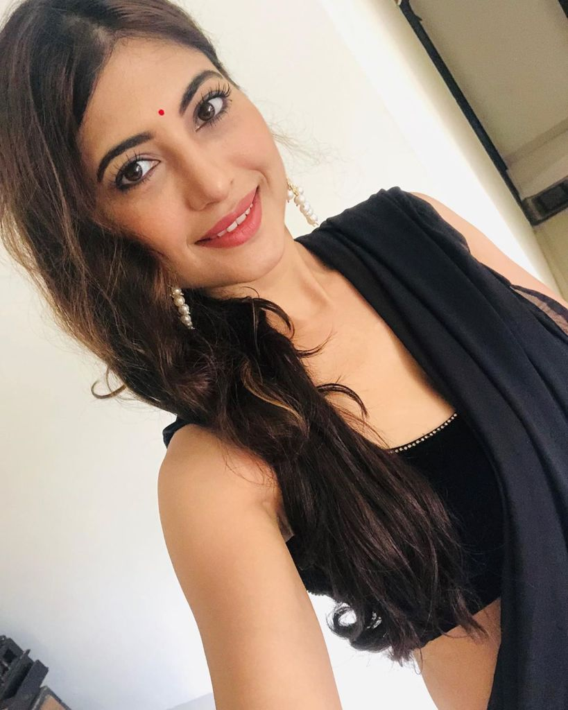 Poonam Rajput Beautiful Photos, Wiki, Age, Biography, and Movies 88