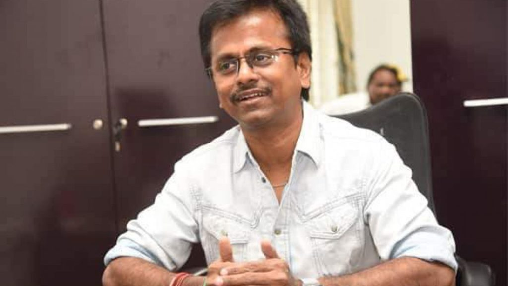 AR Murugadoss Wiki, Age, Family, Movies, HD Photos, Biography, and More 7