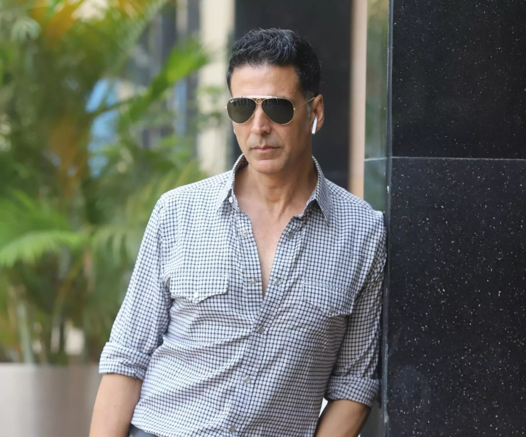 Akshay Kumar Wiki, Age, Family, Movies, HD Photos, Biography, and More 95