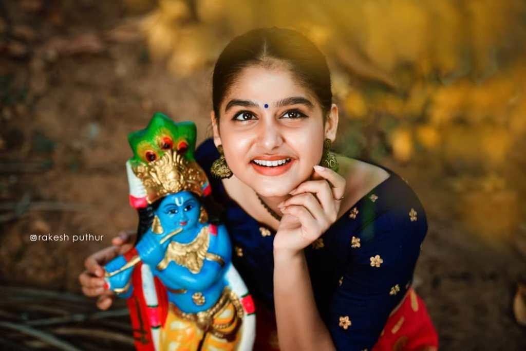 18+ Cute Photos of Anaswara Rajan 18