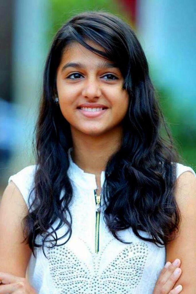 18+ Cute Photos of Anaswara Rajan 16