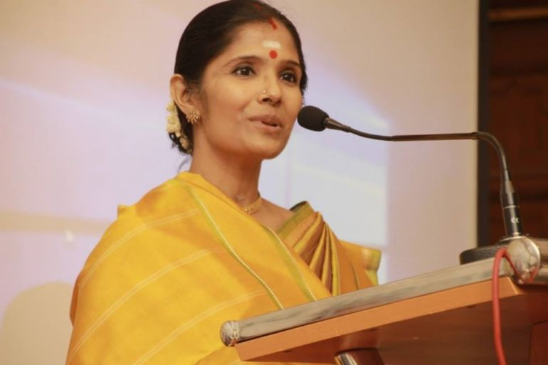 Anuradha Sriram Wiki, Age, Family, Movies, HD Photos, Biography, and More 47