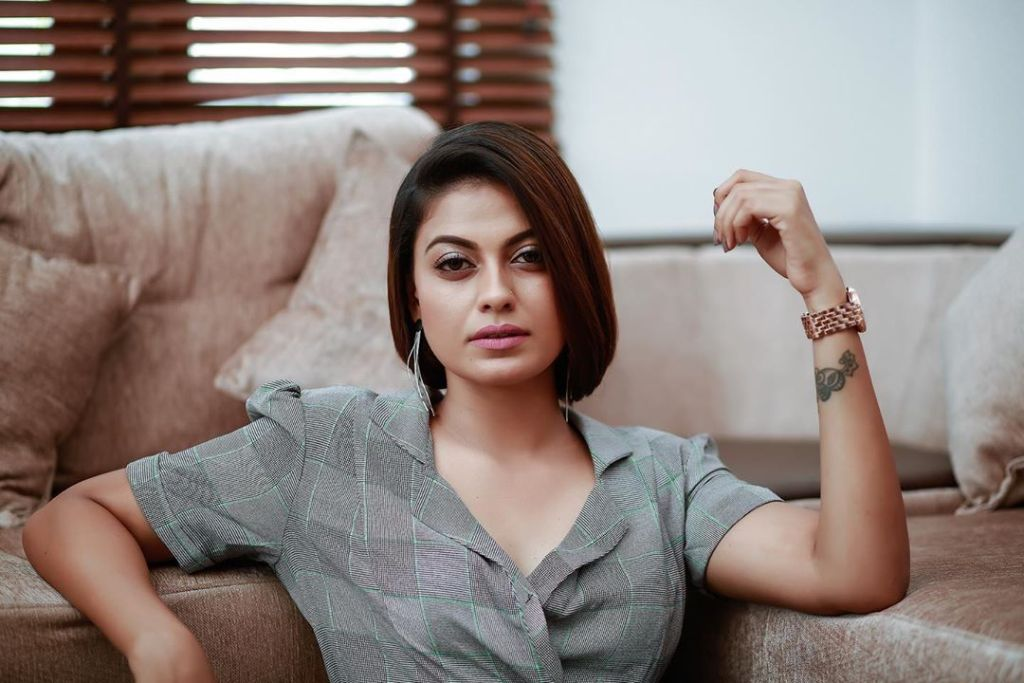 Check out this 89+ HD Photos of Anusree 170