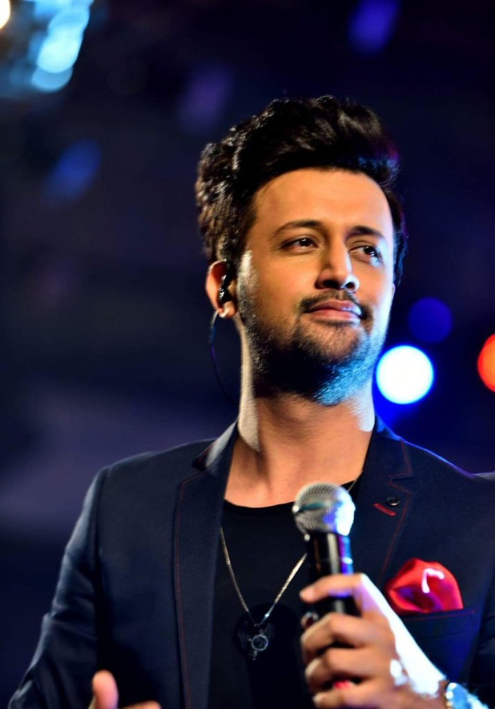 Atif Aslam Wiki, Age, Family, Movies, HD Photos, Biography, and More 7