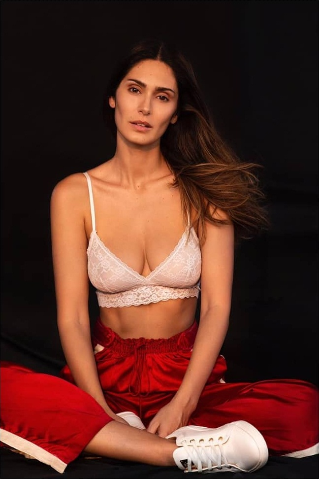29+ Stunning Photos of Bruna Abdullah 13