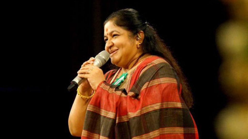 KS Chitra Wiki, Age, Family, Movies, HD Photos, Biography, and More 90