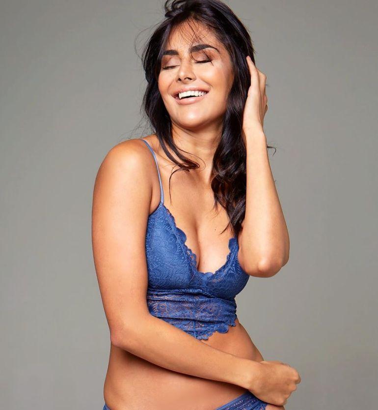 37+ Glamorous Photos of Nathalia Kaur 4