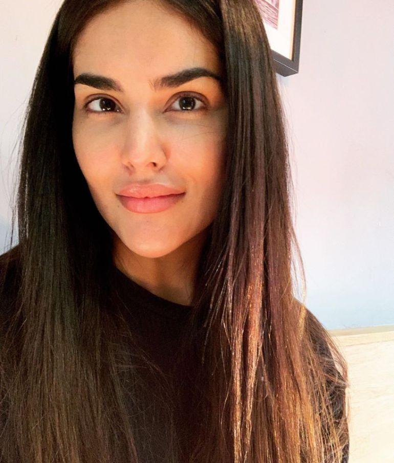 37+ Glamorous Photos of Nathalia Kaur 7