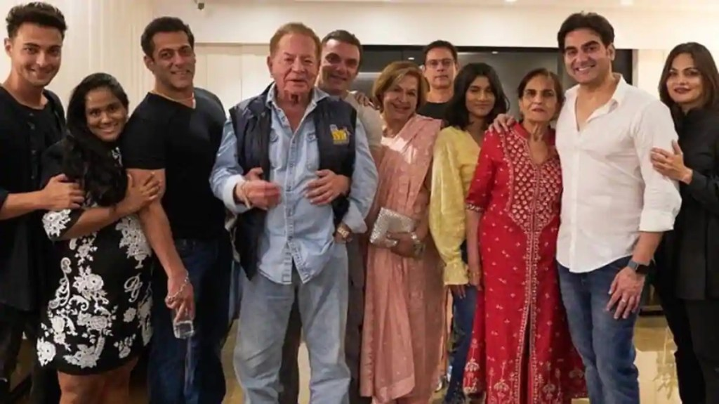 Salman Khan Wiki, Age, Family, Movies, HD Photos, Biography, and More 7
