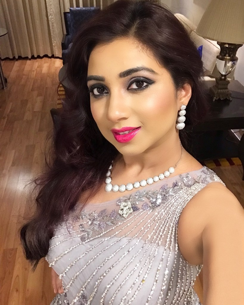Shreya Ghoshal Wiki, Age, Family, Movies, HD Photos, Biography, and More 98