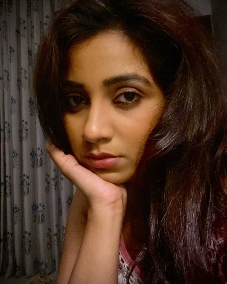 Shreya Ghoshal Wiki, Age, Family, Movies, HD Photos, Biography, and More 92