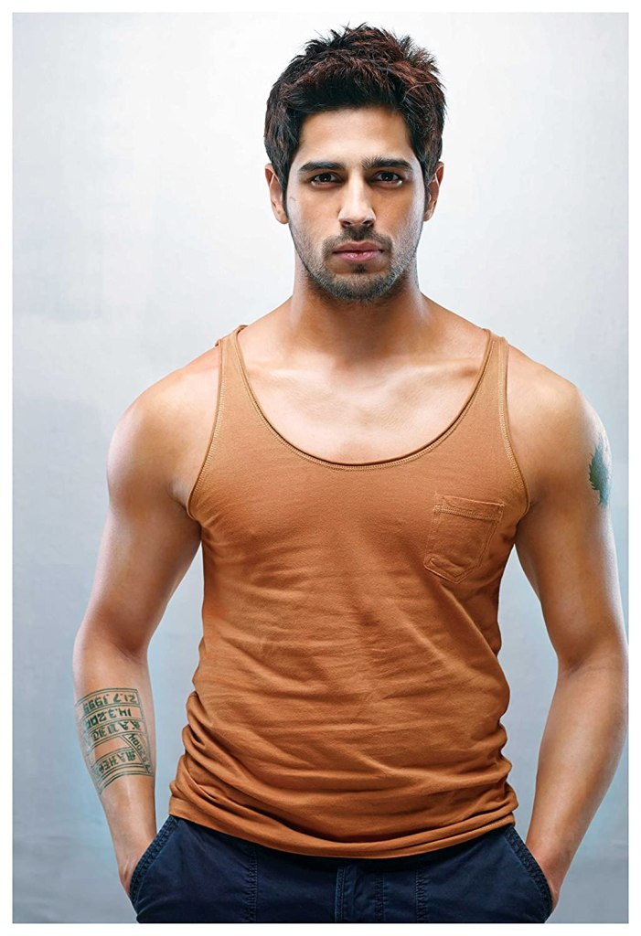 Sidharth Malhotra Wiki, Age, Family, Movies, HD Photos, Biography, and More 2