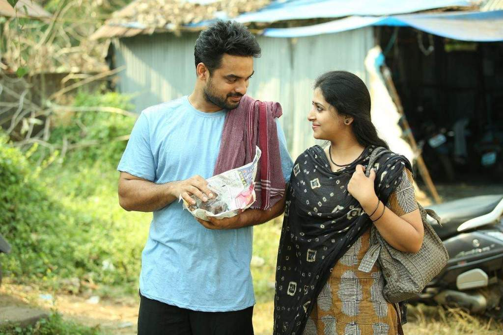 Tovino Thomas Wiki, Age, Family, Movies, HD Photos, Biography, and More 96