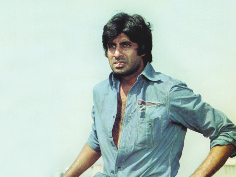 Amitabh Bachchan Wiki, Age, Family, Movies, HD Photos, Biography, and More 90