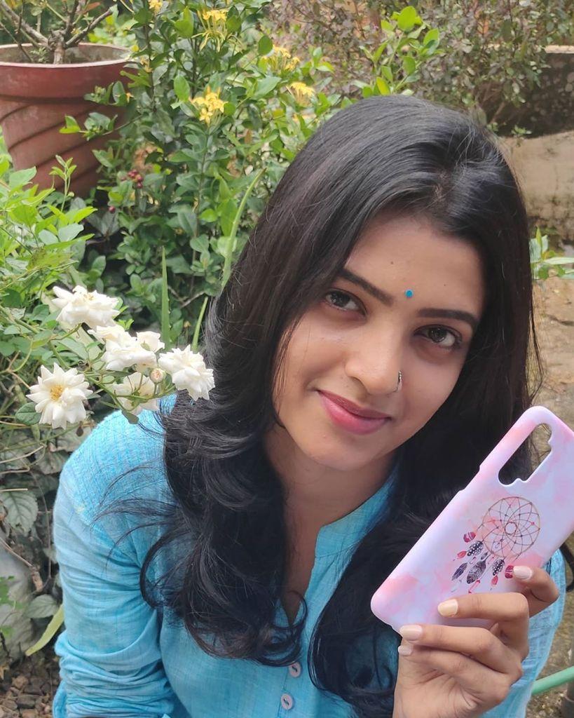 Aishwarya Rai's doppelganger, Kerala Tik Tok Star Amrutha Saju Gorgeous Photos 62