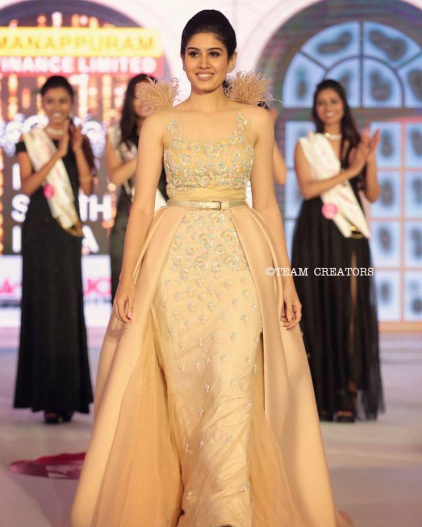 45+ Gorgeous Photos of Miss South India Lakshmi Menon 118