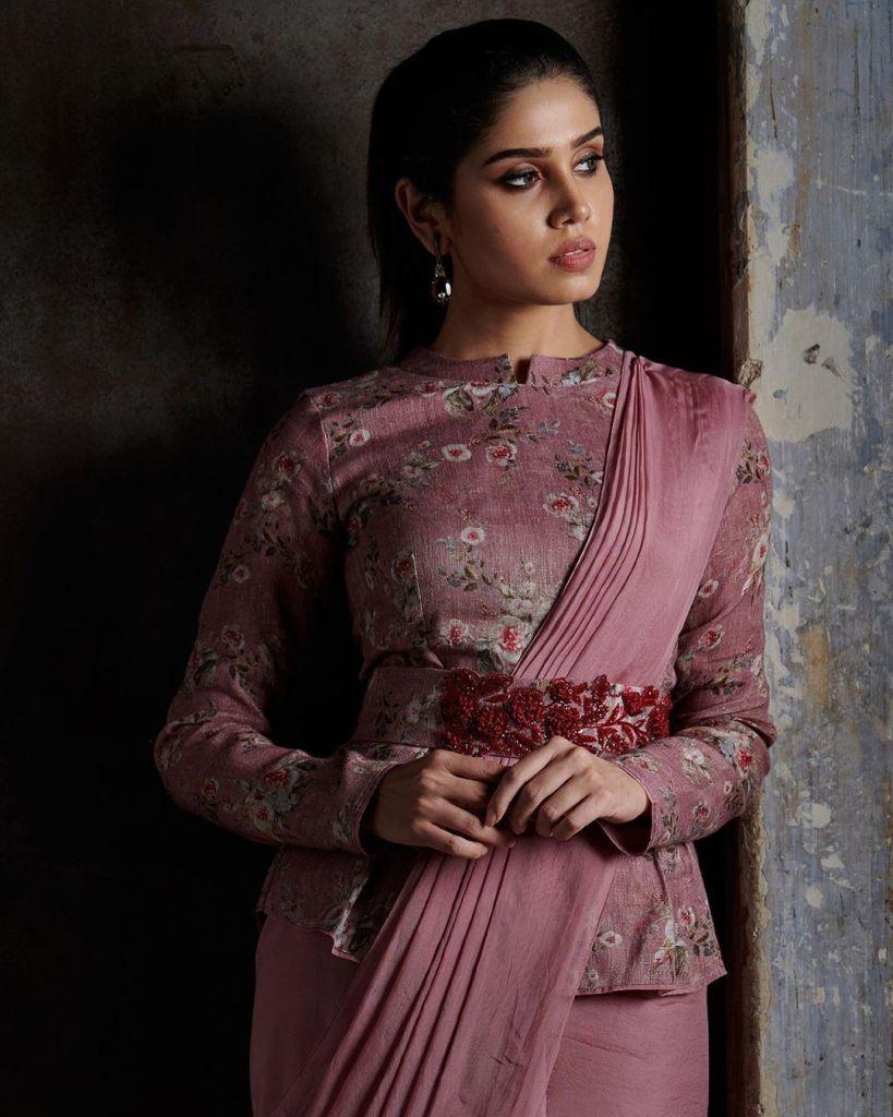 45+ Gorgeous Photos of Miss South India Lakshmi Menon 121