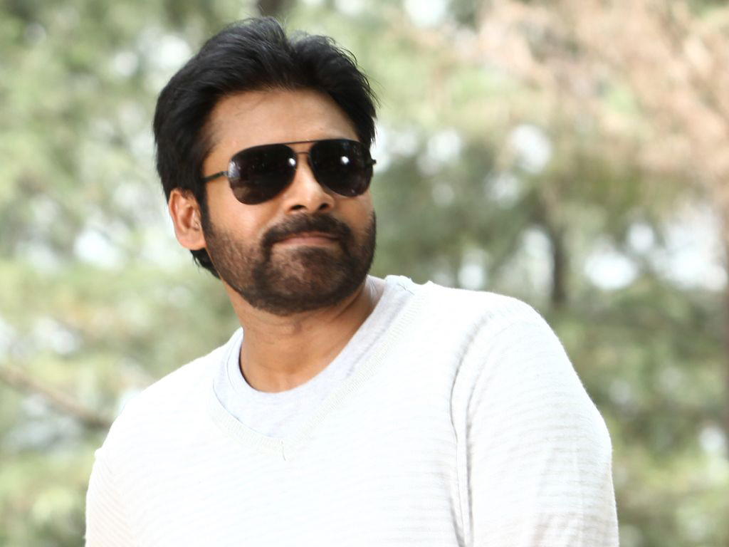 Pawan Kalyan Wiki, Age, Family, Movies, HD Photos, Biography, and More 9