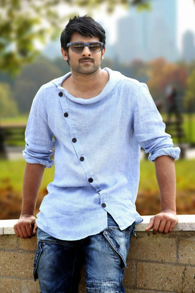 Prabhas Wiki, Age, Family, Movies, HD Photos, Biography, and More 89