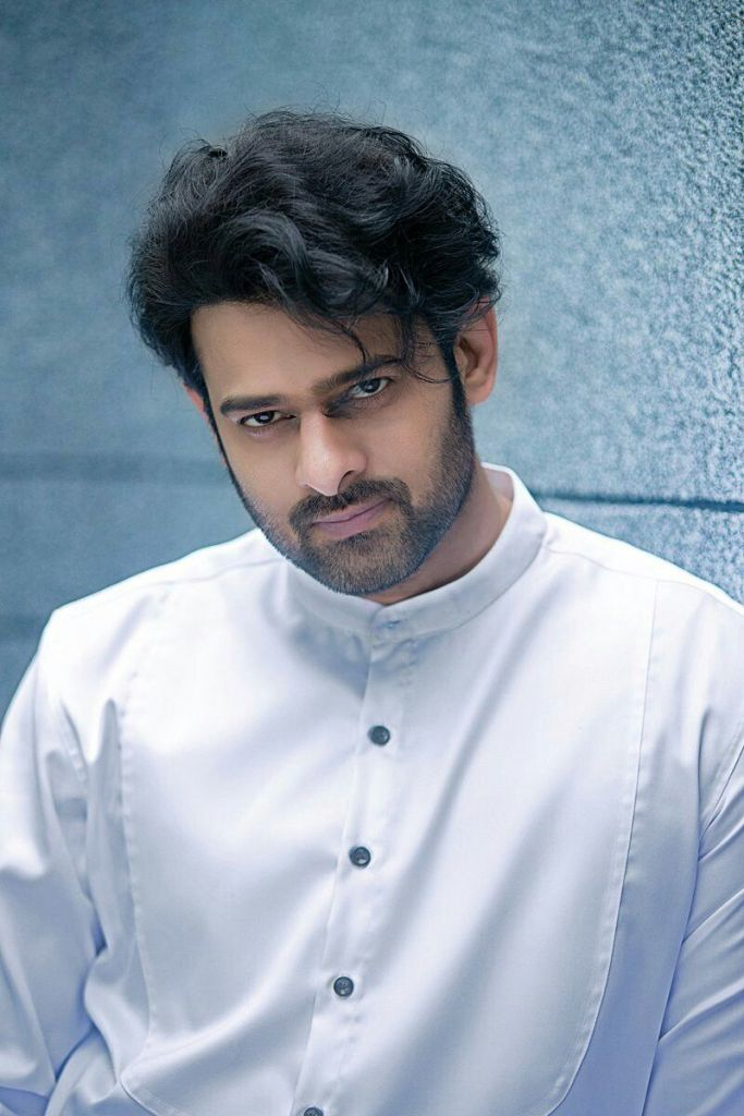 Prabhas Wiki, Age, Family, Movies, HD Photos, Biography, and More 2