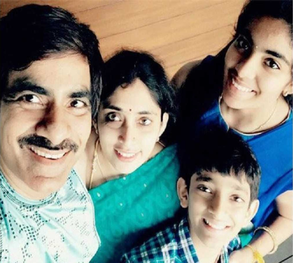 Ravi Teja Wiki, Age, Family, Movies, HD Photos, Biography, and More 6