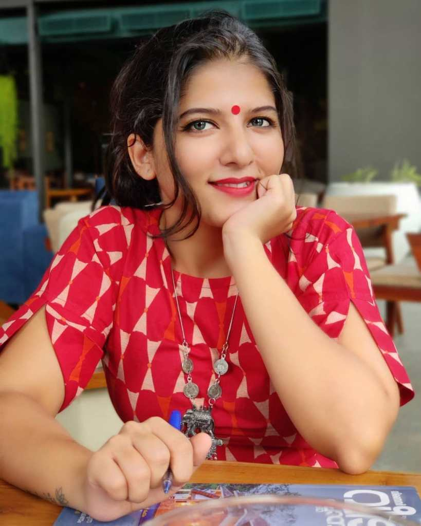 42+ Gorgeous Photos of Aswathy S Nair 4