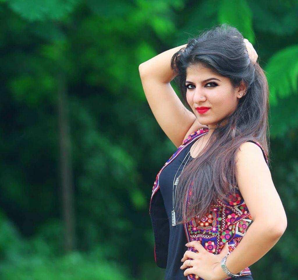 42+ Gorgeous Photos of Aswathy S Nair 22