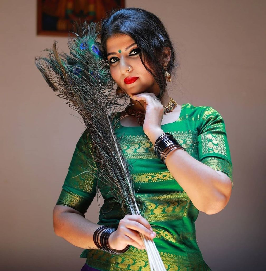42+ Gorgeous Photos of Aswathy S Nair 24