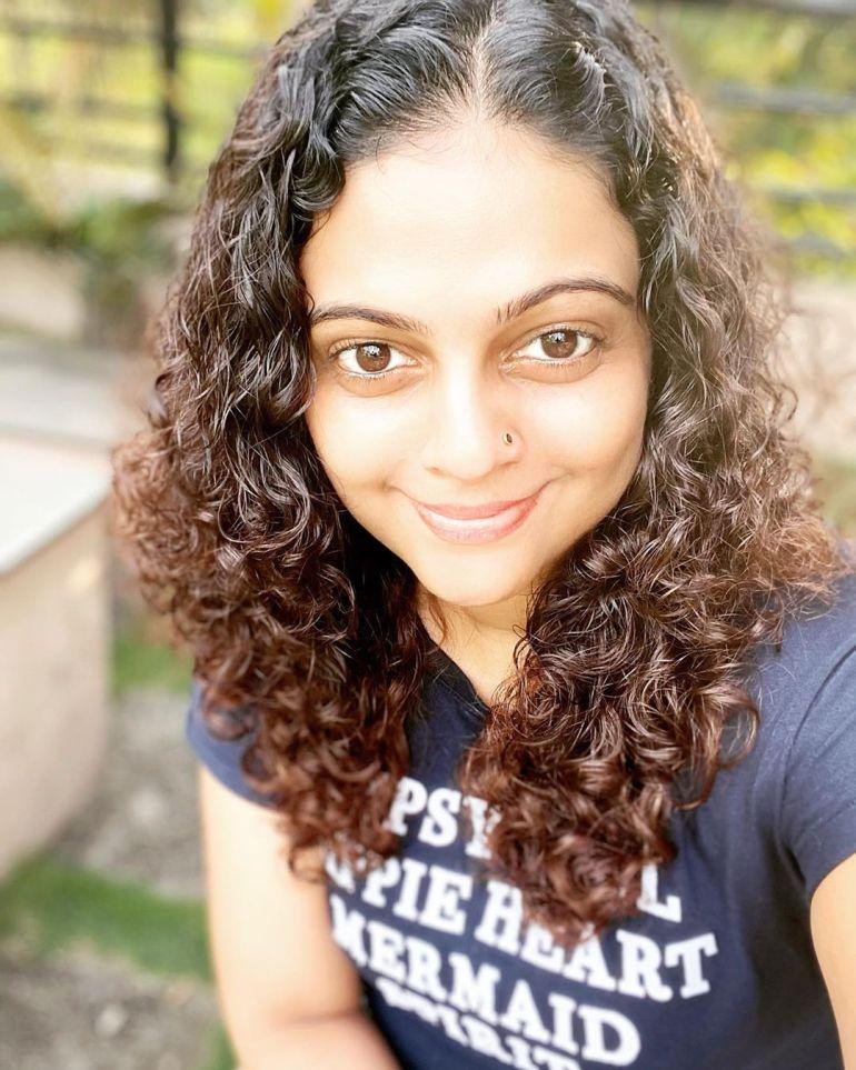 Aswathy Sreekanth 24+ Beautiful Photos, Wiki, Age, Biography, and Movies 100
