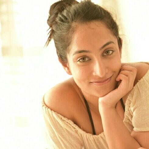 27+ Gorgeous Photos of Melissa Raju Thomas 19
