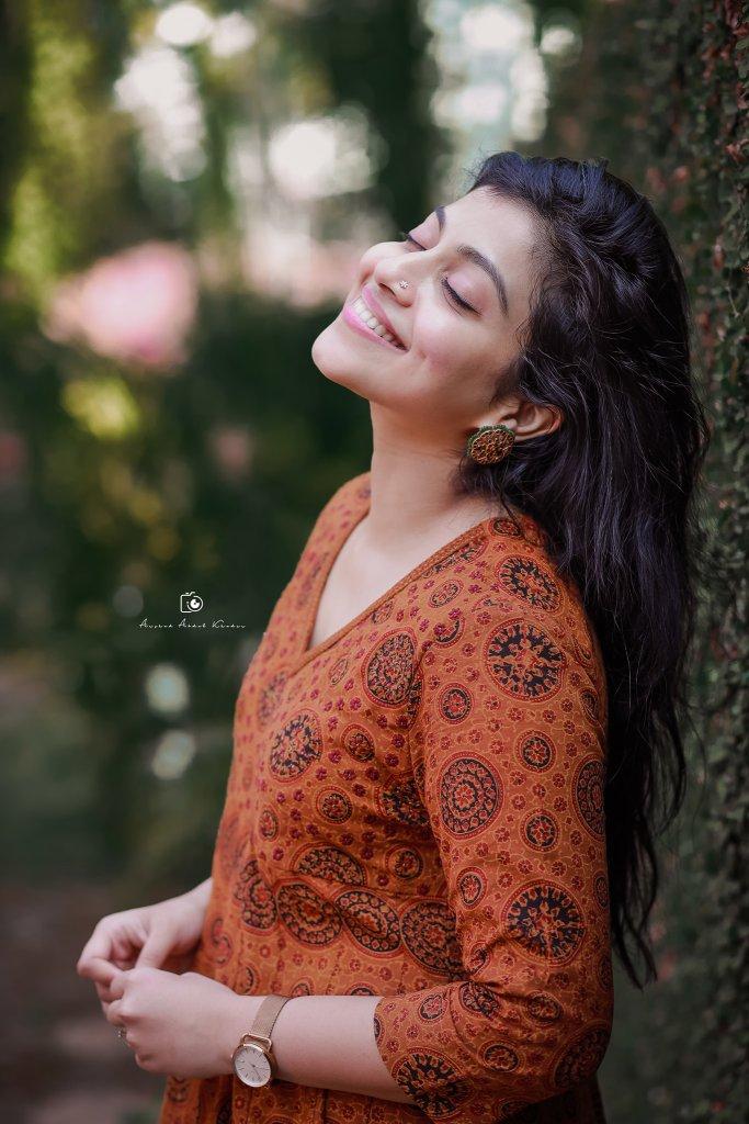 21+ Beautiful Photos of Shruthi Ramachandran 22