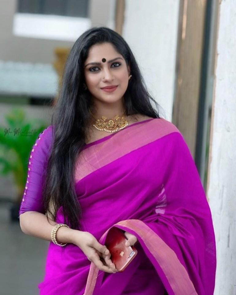 Swasika Vijay 27+ Beautiful Photos, Wiki, Age, Biography, and Movies 94