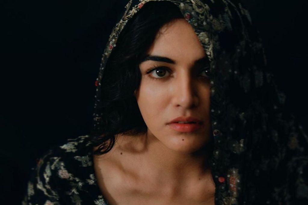 36+ Stunning Photos of Wamiqa Gabbi 24
