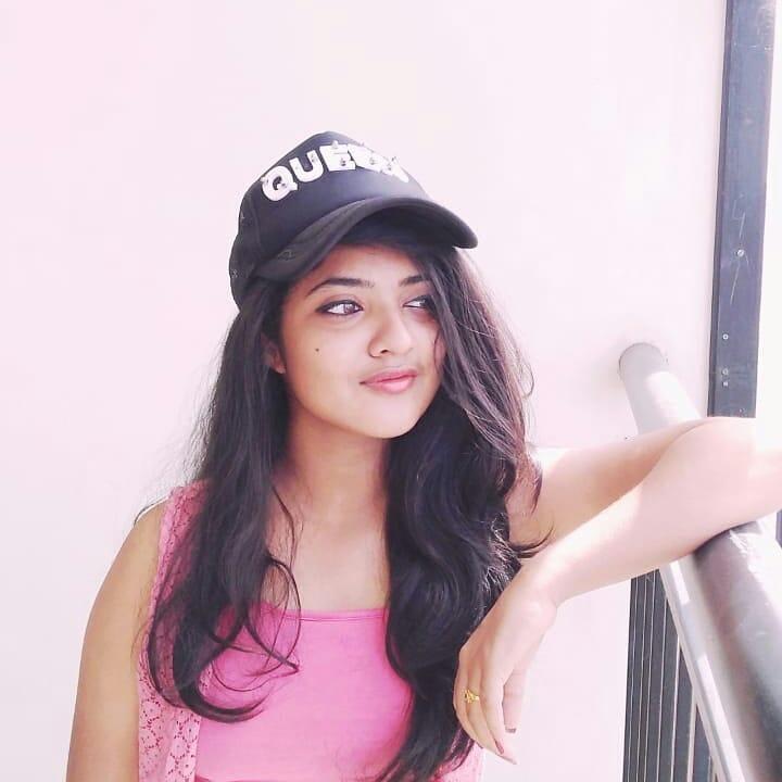 21+ Lovely Photos of Nandana Varma 10