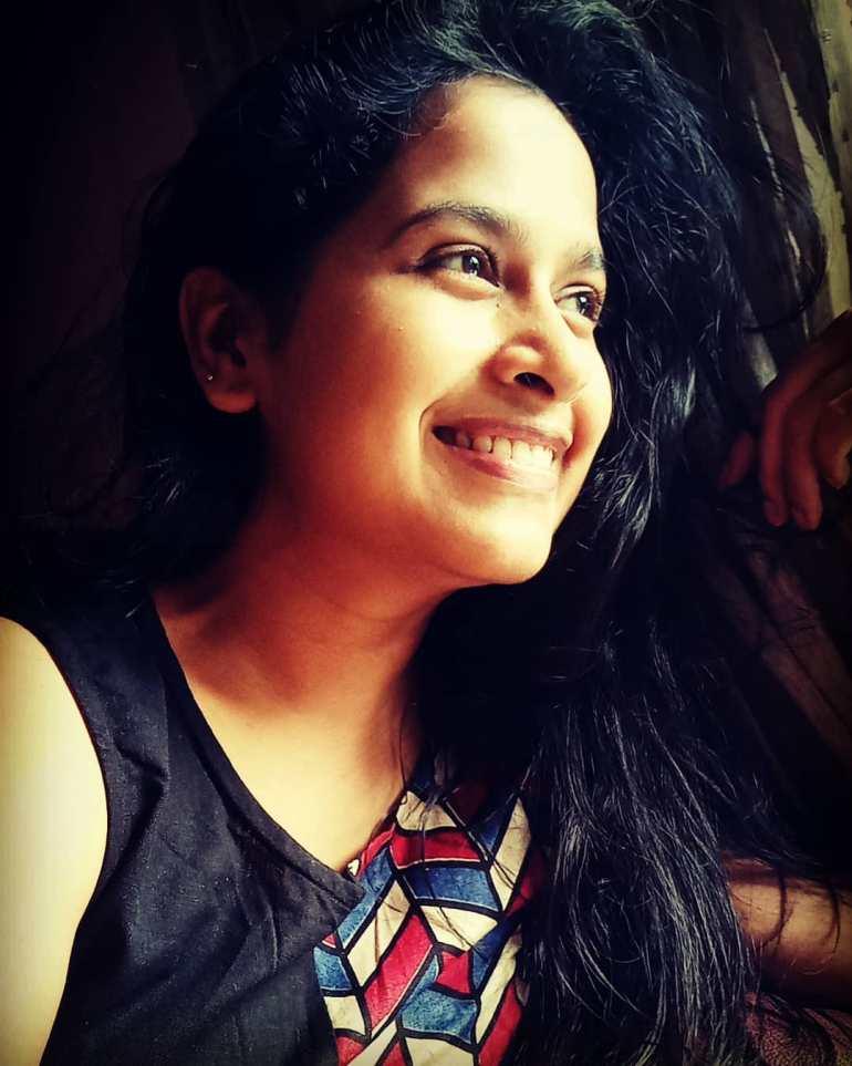 Sadhika Venugopal 39+ Beautiful Photos, Wiki, Age, Biography, and Movies 60