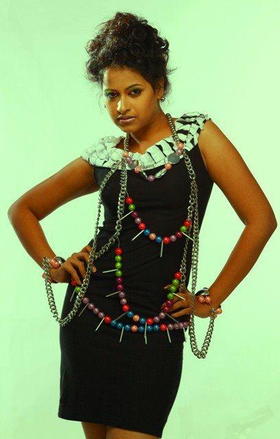Sadhika Venugopal 39+ Beautiful Photos, Wiki, Age, Biography, and Movies 84