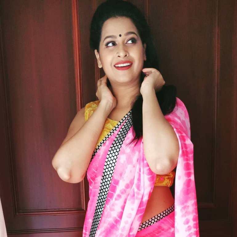 Sadhika Venugopal 39+ Beautiful Photos, Wiki, Age, Biography, and Movies 53