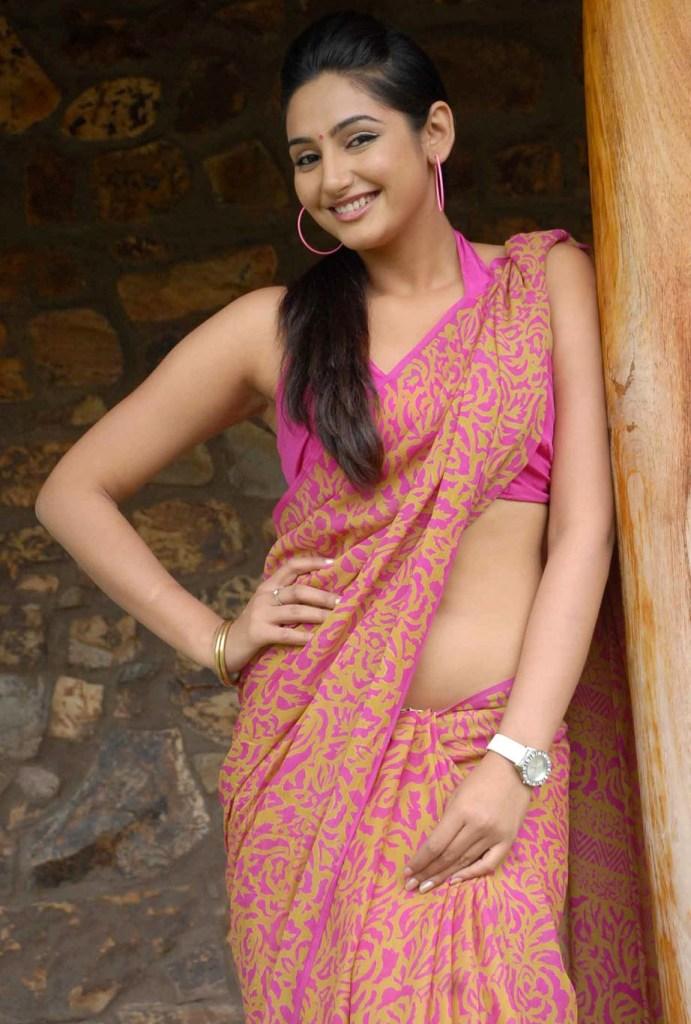 36+ Beautiful Photos of Ragini Dwivedi 21