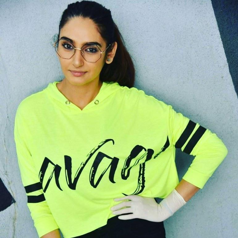 36+ Beautiful Photos of Ragini Dwivedi 5