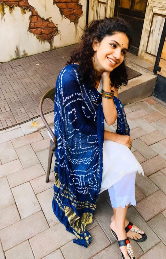 Deepa Thomas Gorgeous Photos, Biography, Wiki, Husband, Family, Instagram 123
