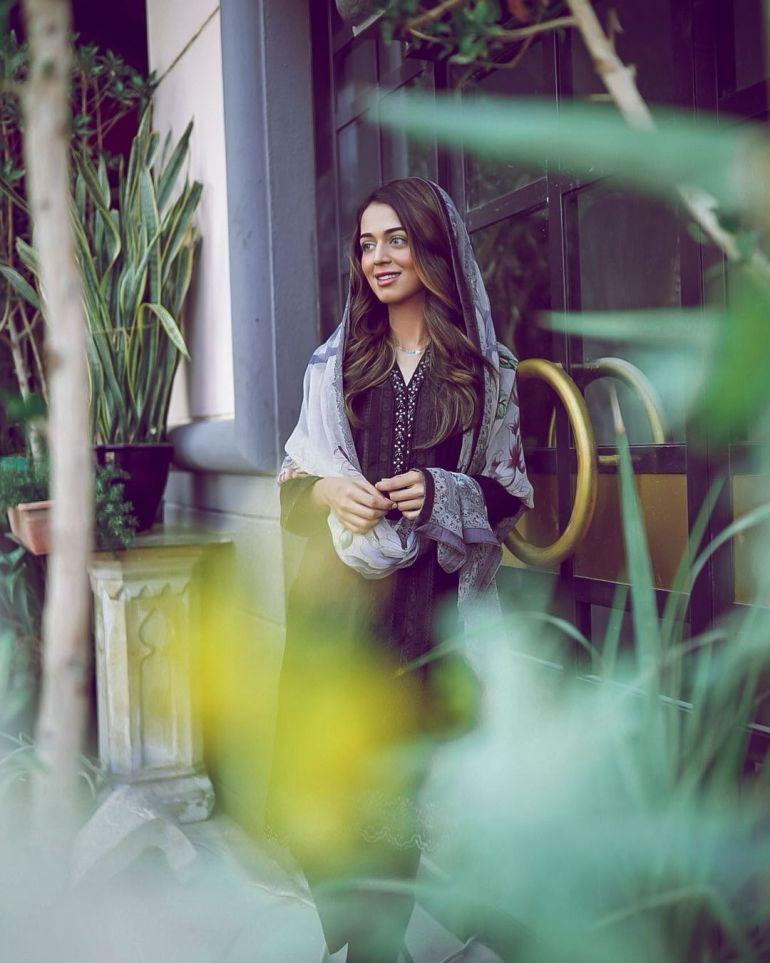 Jumana Khan Wiki, Age, Biography, Movies, Tik Tok, and Gorgeous Photos 103