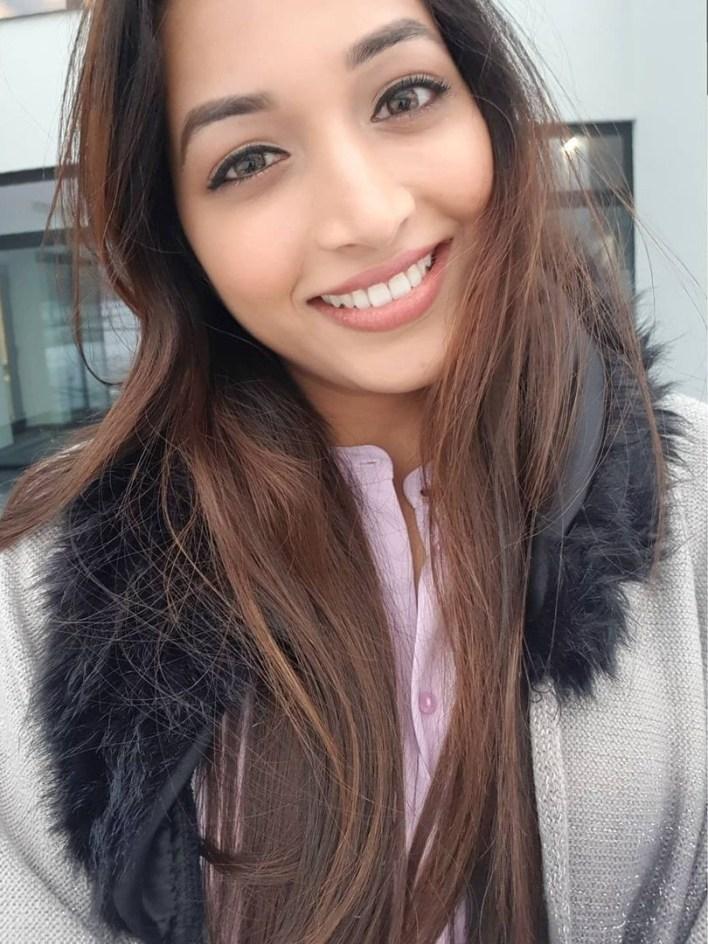 Srinidhi Shetty 112+ Beautiful photos, Wiki, Age, Biography, and Movies 94